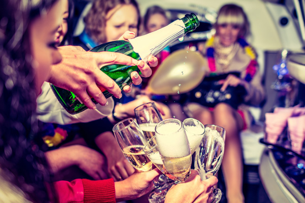 Banbury Hen / Stag Night Limo Hire